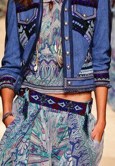 Spring 2015 Trend Inspiration: The Sea Denim Fashion, Milan Fashion, Fashion Details, Fashion Design, 2015 Trends, Weird Fashion, Spring Summer 2015, Passion For Fashion, Everyday Fashion