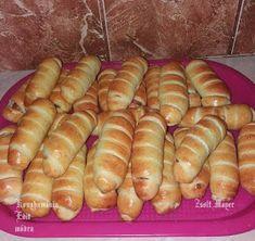 Fincsi receptek: Virslis tekercs Hot Dog Buns, Hot Dogs, Sausage, Pizza, Bread, Cooking, Food, Instagram, Kitchen