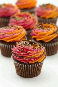 lola's cupcakes : special Bonfire Night cupcakes