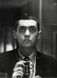 Stanley Kubrick - Self-portrait with Leica held vertically (1949).♣♣R I P♣♣