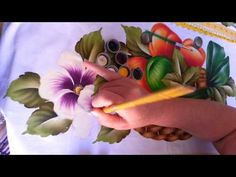 Pintando uma flor do campo - YouTube