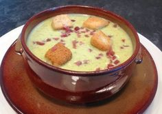 Photo Tapas, Cheeseburger Chowder, Soup, Pudding, Desserts, Salads, Vegetable Stock, Dishes, Meals