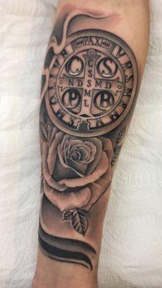 Św Benedykt Mandala Tattoo, Arm Tattoo, Body Art Tattoos, Sleeve Tattoos, Tatoos, Catholic Tattoos, Religious Tattoos, St Michael Tattoo, Future Tattoos