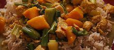 Een poosje geleden zag ik dit gerecht gemaakt worden in een Engels kookprogramma door de BBC kok. Toen hij zijn witte rijst ging koken in garam masala liep het...