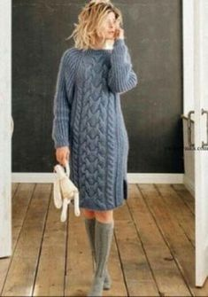 Discover thousands of images about Burgundy half cable knit dresses plus size sweaters Knit Fashion, Sweater Fashion, Knit Skirt, Knit Dress, Knitting Patterns Free, Hand Knitting, Pullover Mode, Long Sweaters, Pulls