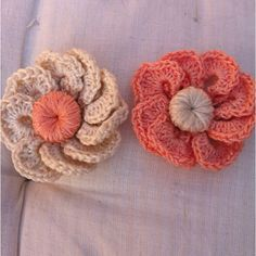 Flores broche crochet hechos por mi!