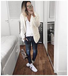 "Audrey op Instagram: ""Body, Débardeur Damart, Gilet Cachemire, Gilet grosse maille et manteau (et maintenant pyjama, gilet et plaid!) Bonne soirée! • Knit #sweetiesbyauded (from @sweeties.by.aude.d) • Shirt #isabelmarant (from @lagrandeboutiquelgb) • Jean #sincerelyjules (on @shop_sincerelyjules) • Sneakers #blazer (old) • Bag #jeromedreyfuss (old) ..."""
