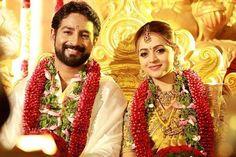 Priyanka Chopra sends wedding wishes to Malayalam actress Bhavana Indian Matrimony, Bhavana Actress, Kerala Bride, Happy Married Life, South Asian Bride, Indian Bridal Makeup, Malayalam Actress, Indian Wedding Photography, Wedding Wishes