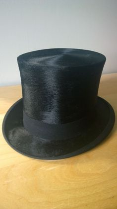 Lincoln Bennett & Co. Gents Silk Top Hat - Antique / Vintage