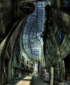 I'm having trouble believing this is real!University of Warsaw Library   http://thewarsawblog.com/2010/10/the-library/