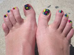 After playing with colors and making mosaic manicure, i decide to make matching toe nails and it turns out awesome. I got so many complimen. Painted Toe Nails, Multicolored Nails, Blue Glitter Nails, Pretty Toe Nails, Gel Toes, Toe Nail Designs, Nails Design, Bright Nails, Feet Nails