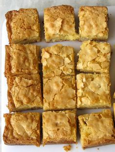 blondies (recipe is in Portuguese)  200G white chocolate   100g butter   320g sugar   3 eggs   2 tablespoons of very generous of Cachaçenvelhevida   140g wheat flour   1/2 cup of roasted peanut (had not at home, then I used chestnuts of for chopped)