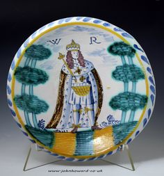 English delftware pottery Royalty blue dash charger with standing portrait of King William c1695