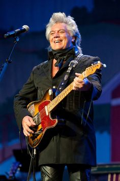 Marty Stuart Photos - Marty Stuart performs during Marty Stuart's Annual Late Night Jam at the Ryman Auditorium on June 2014 in Nashville, Tennessee. Marty Stuart, Old Country Music, Music Fest, Late Nights, Love Story, Nashville Tennessee, Auditorium, June, Barns