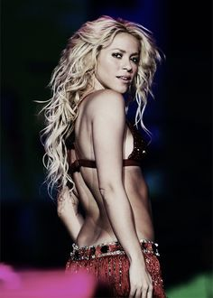Shakira Girl can belly dance!