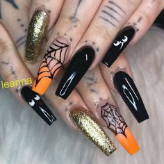 25 Trending Nail Art Designs For Halloween - Nail Art Design - Halloween Holloween Nails, Halloween Acrylic Nails, Cute Acrylic Nails, Nails For Halloween, Halloween Makeup, Fall Nail Art Designs, Halloween Nail Designs, Halloween Ideas, Spooky Halloween