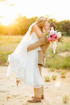 Bohemian Wedding Photos Bride and Groom - the happy goose - Lindsay Nolan