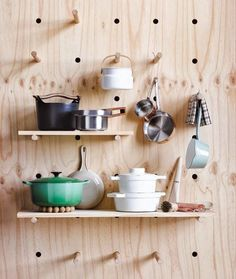 (4) Plywood Shelving and Peg Storage (Hindsvik Blog)