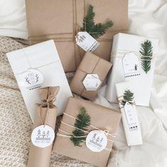 Free printable Scandinavian Christmas tags to complete your presents!
