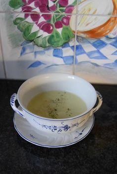 Aspergesoep in de thermomix, Recepten - Thermomix recepten, Gette.org Tea Cups, Tableware, Ethnic Recipes, Food, Drink, Eat, Salads, Thermomix, Dinnerware