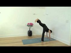 Handstand Instruction on Wall @Xen Strength #fitfluential #yoga