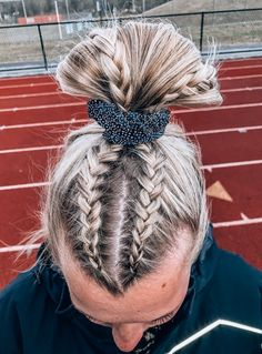 The Most Effective Hair Growth Shampoos & Conditioner The Most Effective Hair Growth Shampoos & Conditioner easy hairstyle girls<br> Cute Braided Hairstyles, Teen Hairstyles, Athletic Hairstyles, Hairstyles Videos, Cute Sporty Hairstyles, Hairstyles With Braids, School Hairstyles, Twist Hairstyles, Relaxed Hairstyles