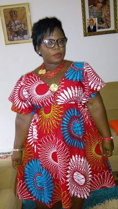 Beautiful Ankara Styles for the Plus size Ladies Short African Dresses, African Blouses, African Print Dresses, African Fashion Ankara, Latest African Fashion Dresses, African Print Fashion, Ghana Fashion, Africa Dress, African Traditional Dresses