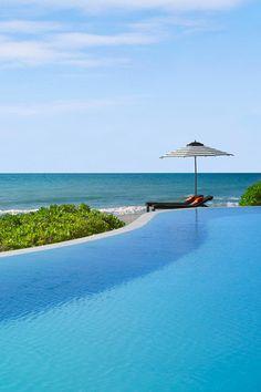 Infinity edge pool in Mexico
