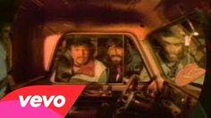 Alabama – Dixieland Delight #CountryMusic #CountryVideos #CountryLyrics http://www.countrymusicvideosonline.com/alabama-dixieland-delight/ | country music videos and song lyrics  http://www.countrymusicvideosonline.com