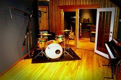 dig it Drums Studio, Drum Room, Recorder Music, Home Studio, Recording Studio, Cool Rooms, Home Appliances, Room Ideas, Future