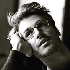 Classy look Giorgio Armani.