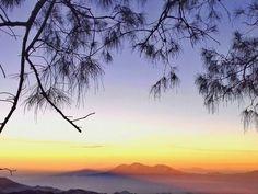 Bromo, Malang, Indonesia #wonderfulplace #wonderfulindonesia #sunrise