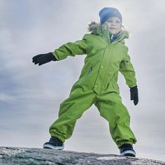 Reima Stavanger winter overall Snow Outfit, Down Puffer Coat, Winter Kids, Kids Wear, Skiing, Kids Outfits, Kids Fashion, Bb, Winter Jackets