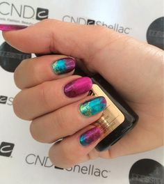 How fab are these by Nikki Drury @Nikkidrury89 CND Shellac and #Lecenté #Foils Gorgeous!!! #lovelecente #glitter #lecente