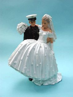 wedding cake toppers military navy wedding cake topper on vintage wedding cake 26540