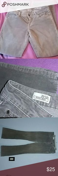 Gray Corduroy Pants GAP Skinny boot size 31/12r GAP Jeans Boot Cut