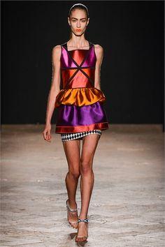 Sfilata Aquilano.Rimondi Milano - Collezioni Primavera Estate 2013 - Vogue