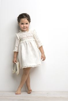 Rylee & Cru- what to wear for family pictures- Cream white little girl dress Baby Girl Fashion, Toddler Fashion, Kids Fashion, Little Girl Dresses, Girls Dresses, Flower Girl Dresses, Kid Styles, My Baby Girl, Baby Dress