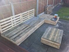 The sides and table boxed off..