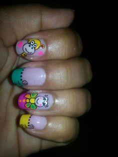 Jirafa Long Hair Styles, Nails, Beauty, Felt Giraffe, Short Nails, Hair Beauty, Fingernail Designs, Black, Flowers