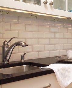 Hidden under-cabinet outlets! Continuous electrical strips, that don't mess up your nice backsplash. Diy Kitchen Remodel, Kitchen Redo, New Kitchen, Kitchen Outlets, Kitchen Ideas, Kitchen Design, Hidden Kitchen, Wall Outlets, Under Cabinet Lighting
