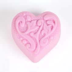 A fun silicone mold that will be just perfect for that special Valentine's Day soap.
