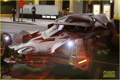 ben afflecks batmobile chased jared letos joker ride 01