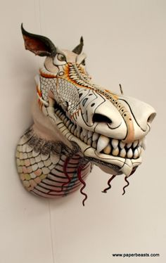 Different approach. Paper Mache Sculpture, Sculpture Art, Paper Clay, Paper Art, Paper Mache Animals, 3d Cnc, Dragons, Faux Taxidermy, Animal Heads