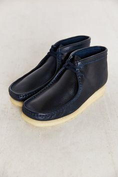 finest selection ba587 8c7e7 Clarks Wallabee Boot. Urban Outfitters. Calzado Hombre ...