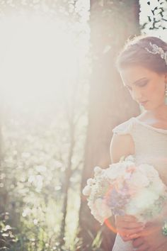 Vintage wedding photo shoot. I hope to have a picture like this someday.