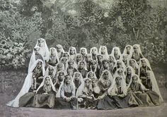 """Erzurum: a group of Armenian girls in their traditional dress (Source: H.F.B. Lynch, Armenia. Travels and Studies, Vol. II, London, 1901)"""
