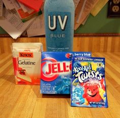 Measure 1 cup of vodka. Add an extra cup for stronger shots. Sprinkle Knox gelatin into the vodka. Combine Jello, Kool Aid, and sugar in measuring cup. Snacks For Work, Healthy Snacks For Kids, Jello Jigglers, Jello Shooters, Making Jello Shots, How To Make Jello, Cube Recipe, Jello Shot Recipes, Drink Recipes