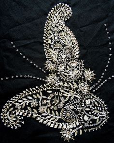 Beaded Paisley with Karen Torrisi from London. Karen and expert in Tambour will be teaching 4 workshops at the Koala Conventions Embroidery & Textile Event in Brisbane, 4th-12th July 2015