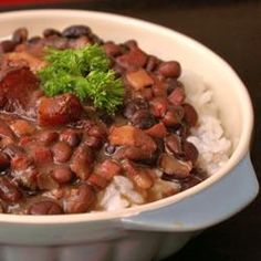 Feijoada (Brazilian Black Bean Stew) A and do not miss our Fundraiser - Brazilian Feijoada in March 17 Troy tips cooking Feijoada Recipe, Black Bean Stew, Brazilian Dishes, Brazilian Recipes, Dried Black Beans, Portuguese Recipes, Soups And Stews, Great Recipes, Gastronomia